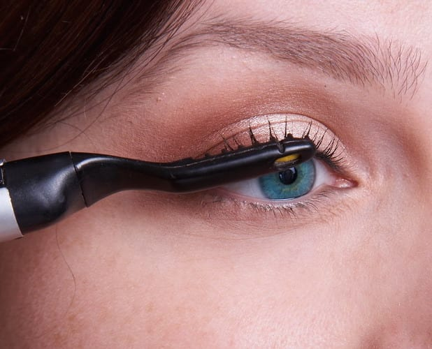 Whats The Best Heated Eyelash Curler Which Work And Which To Avoid