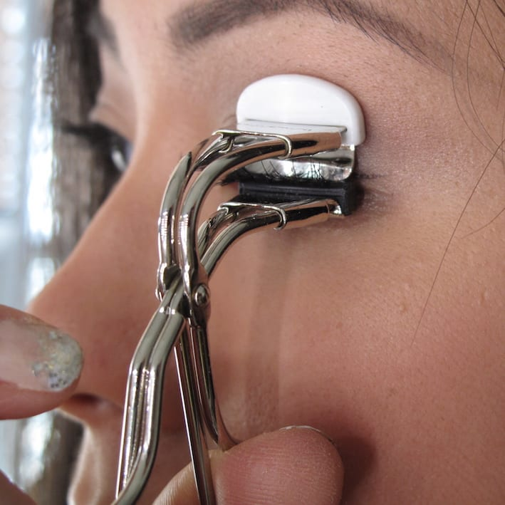 eyelash curler guide